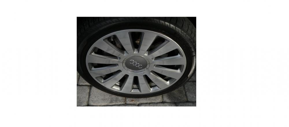 Audi felgi z dekielkami.jpg